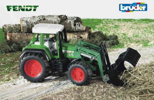 Fendt Favorite 926 with loader
